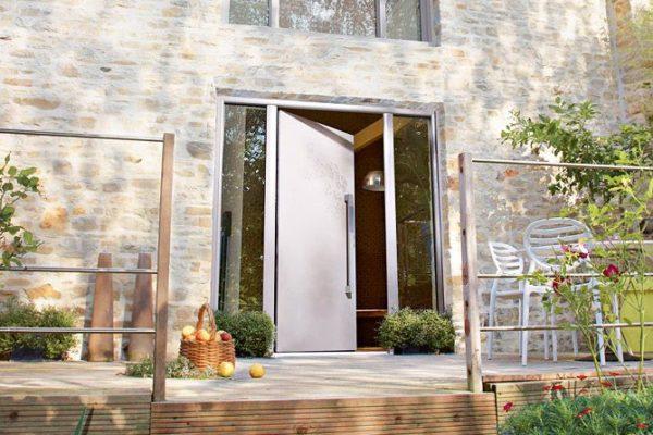 Une porte vitrée sécurisante : nos conseils